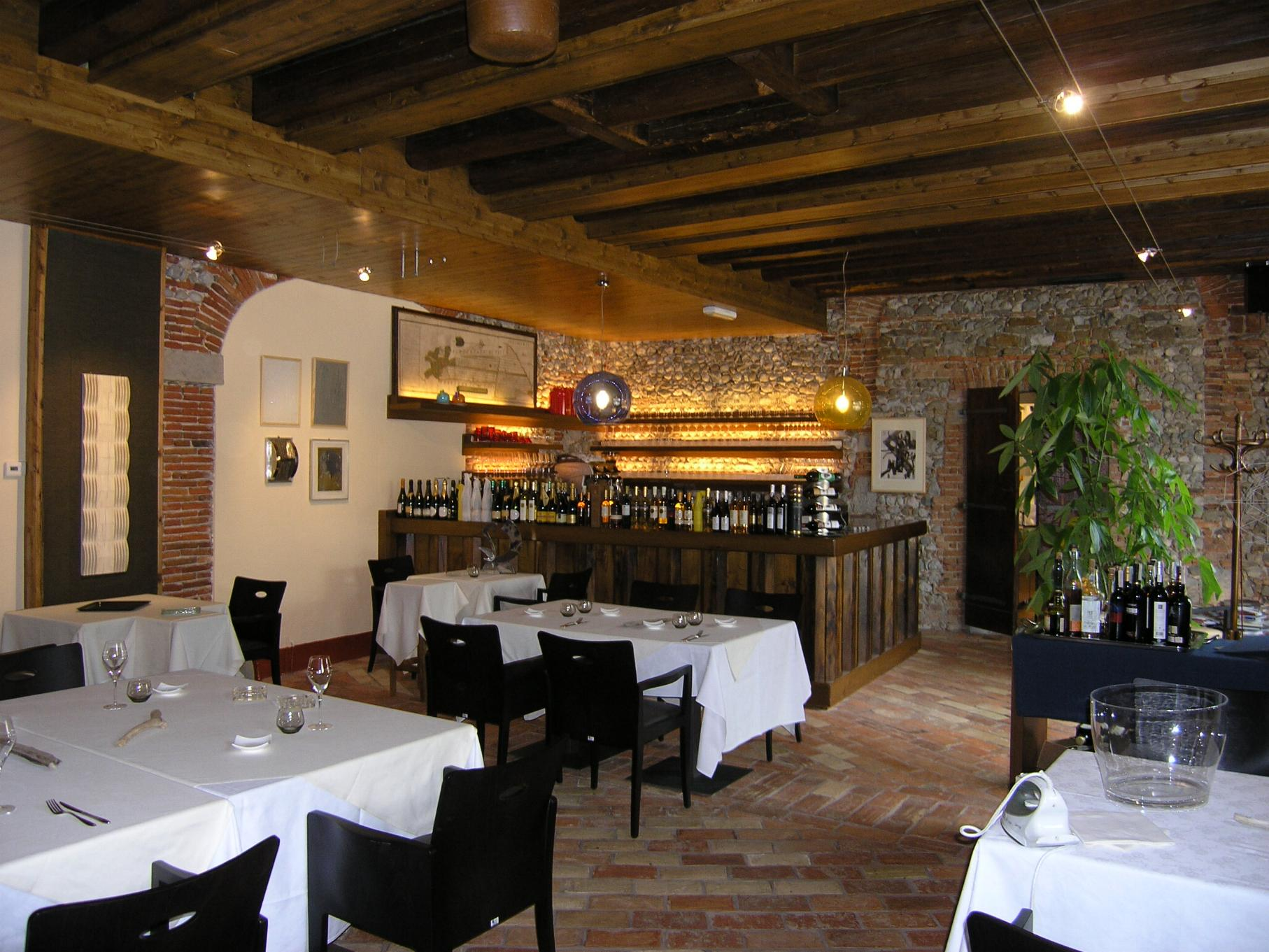 Arredare rustico interesting arredare cucina rustici di for Arredare pizzeria